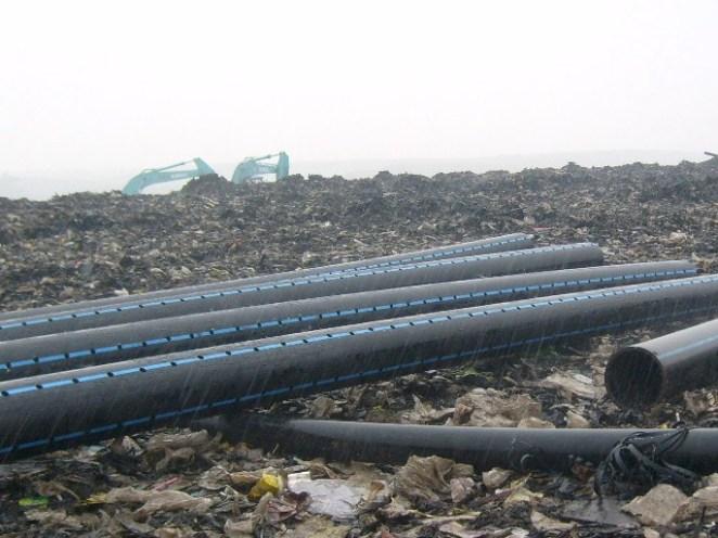 pipa HDPE di bantar gebang landfill